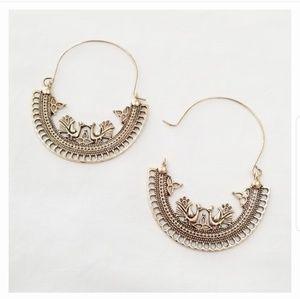 Jewelry - 5/$25 Boho Round Chandelier Earrings in Gold